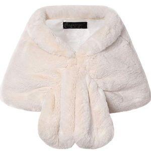 Womens Faux Fur Collar Shawl scarf  Wrap Cape